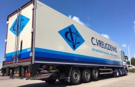 Nieuwe Polyester-Steel's voor C. Vreugdenhil uit Maasdijk