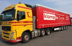 Nieuwe schuifzeiloplegger voor Klomp Transport Zwolle
