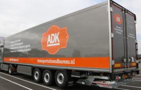 Wezenberg levert nieuwe polyester Krone koeltrailer voor ADK de Kempen in Bladel