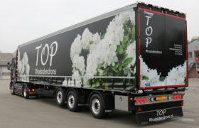 Wezenberg Trailers levert 3-assige gestuurde Tautliner af aan Top Rhododendrons in Otterlo