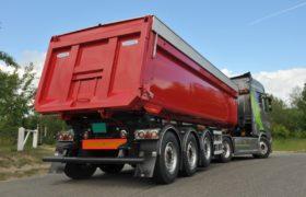 Wezenberg Trailers onthult kippertrailer op HRD chassis met Gijsbertsen kipperbak