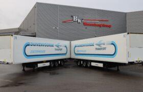Wezenberg Trailers levert 2 stuks polyester Krone koeloplegger af aan Duivenvoorde Transport Zoeterwoude